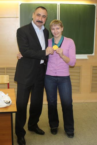 primerila-olimpijskuyu-medal-aleksandr-lebzyak-1