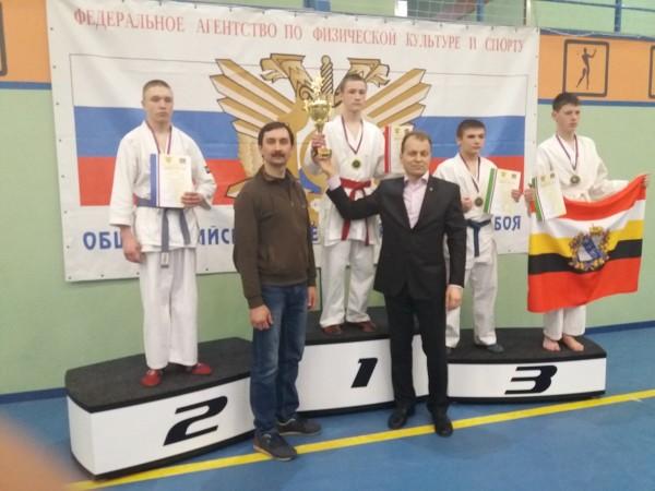Башкин 1 место, Каретников 2 место